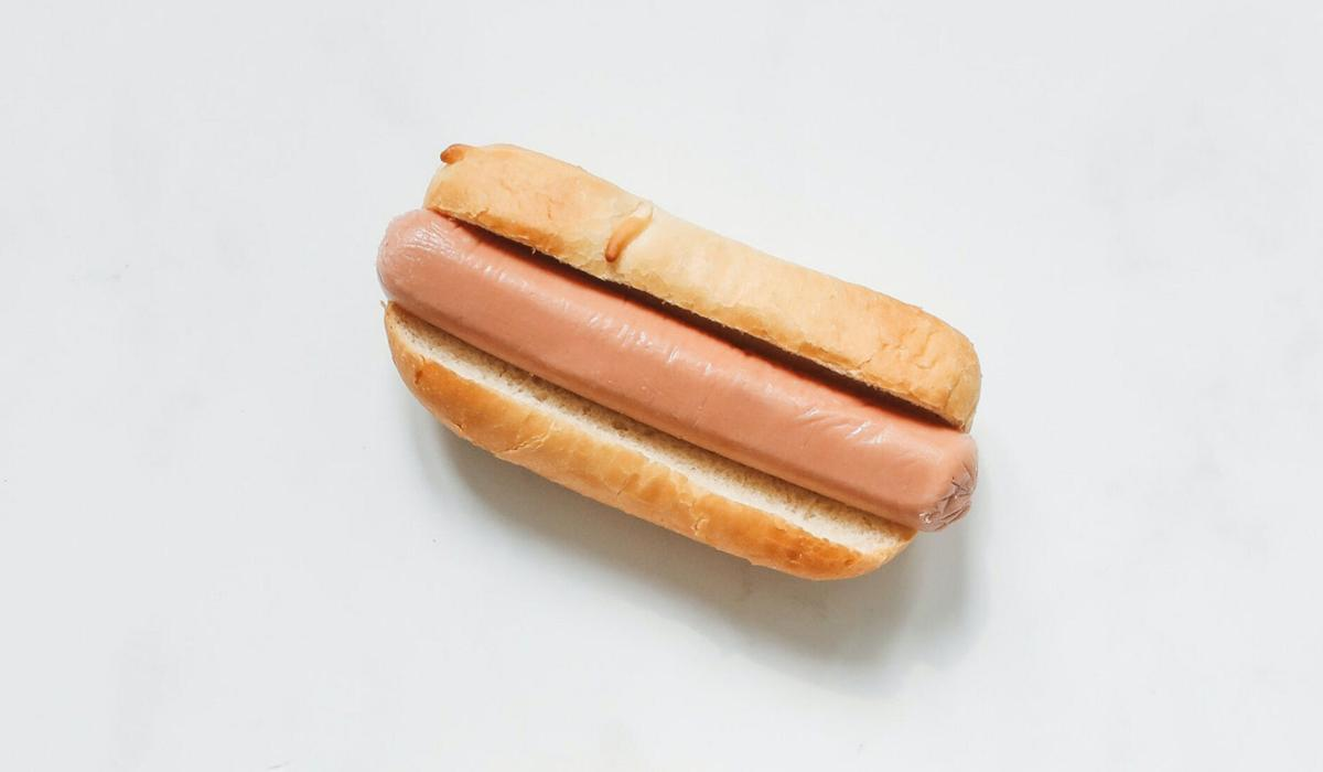 Hot dogs can shave 36 minutes off one's life