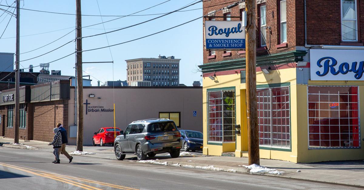 Smoke shop location sparks concern