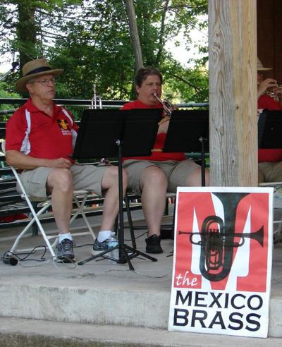 Lakeside Concert and Fireworks July 14 at Mexico Point Park