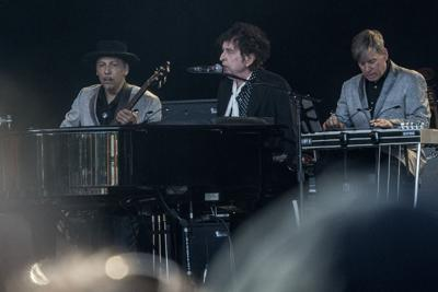 Bob Dylan to resume Never-Ending Tour