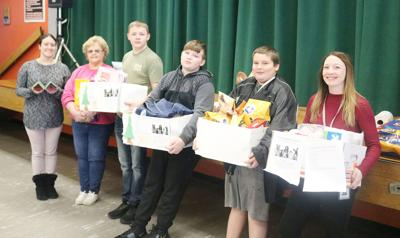 Mexico Middle School provides donations for Oswego Animal Shelter