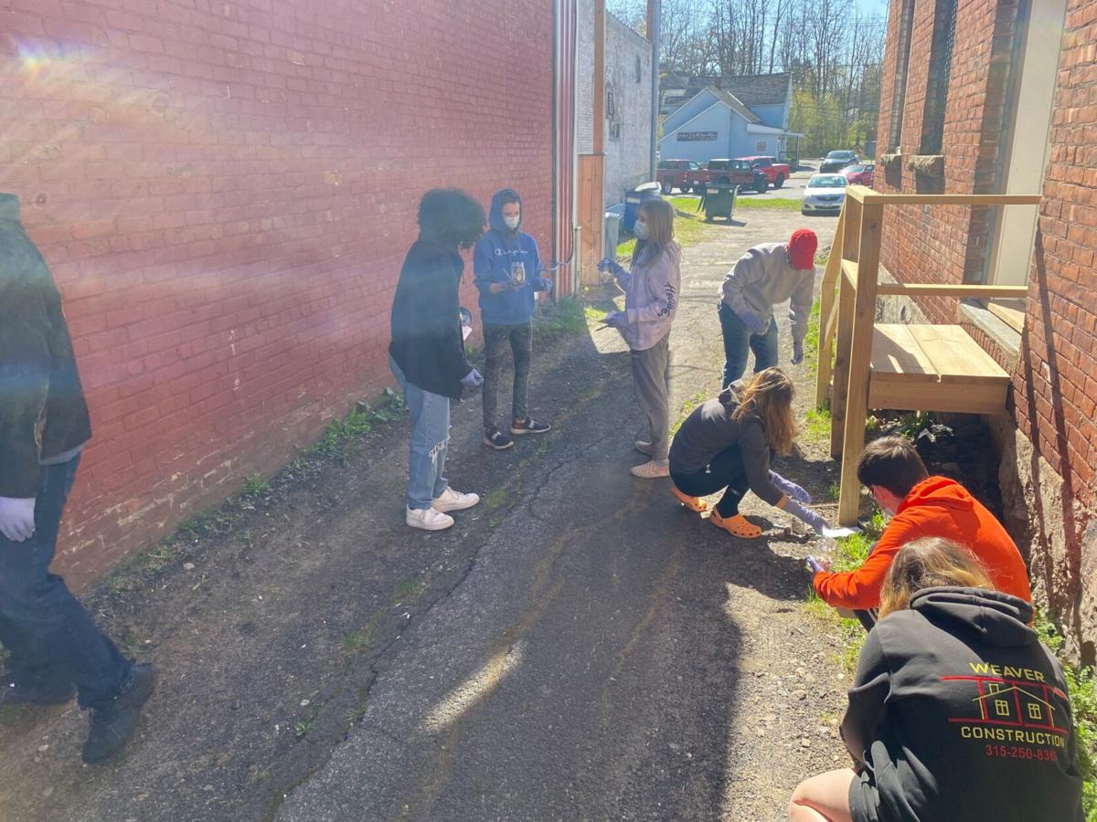 Tobacco Litter Cleanup