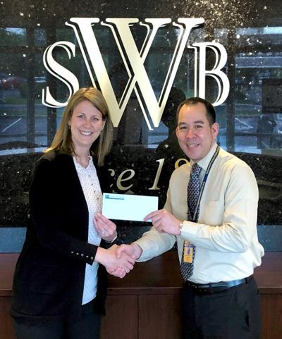 Bank gives $1,500 to vTC