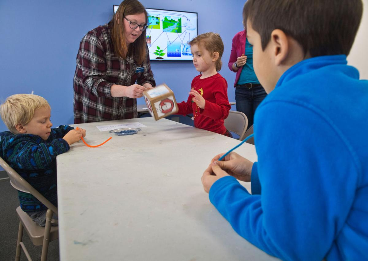 Kids have water fun at Children's Museum