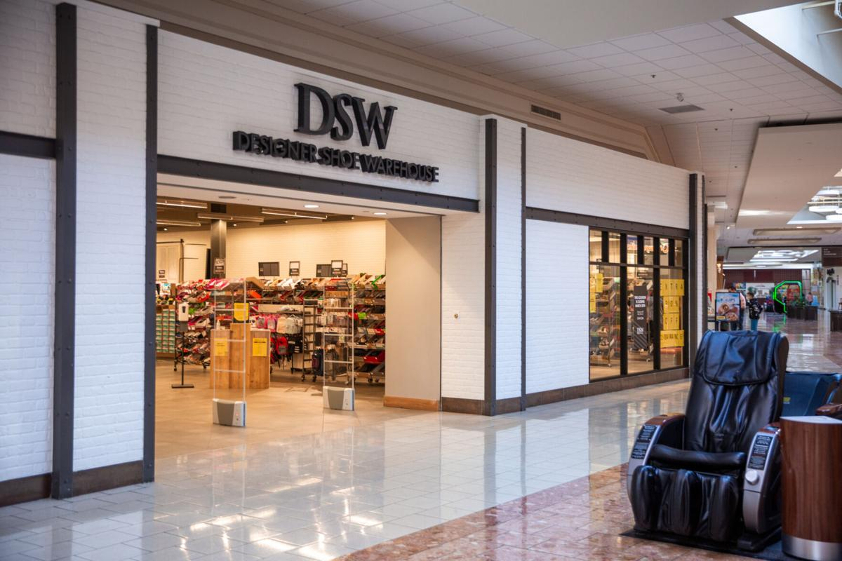DSW shoe store closing its doors at Salmon Run Mall