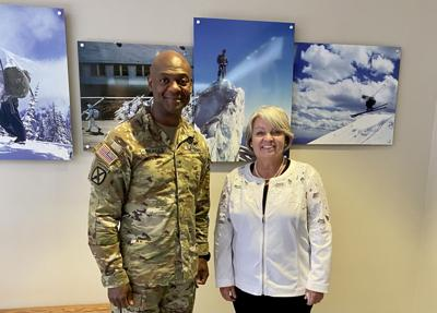 Ritchie meets with new 10th Mountain Division commanding general