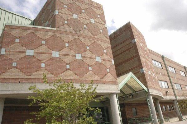 Ben Franklin High records largest enrollment in school history