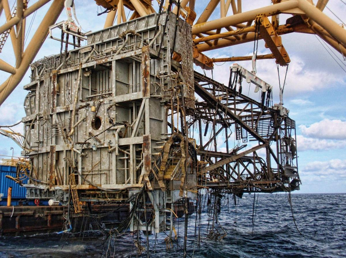 Offshore oil and gas industry adapts, but risks remain 10 years after Katrina