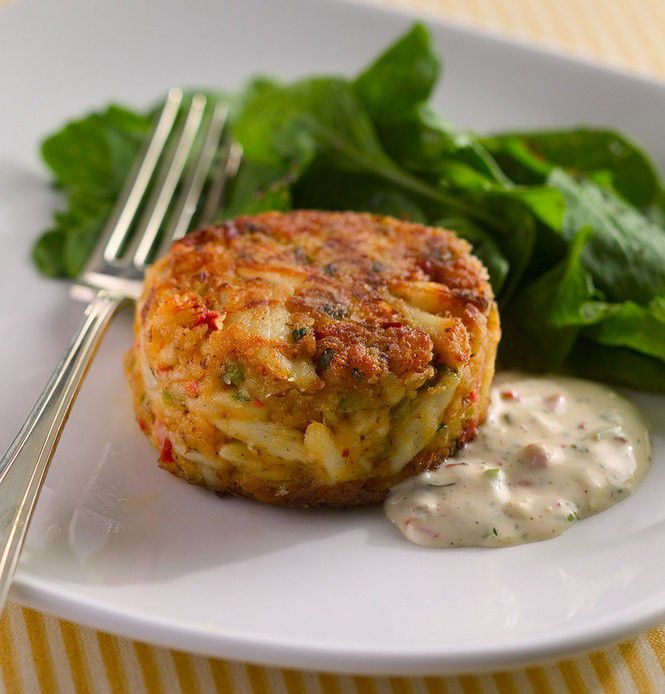 How to make perfect crab cakes at home, with 3 recipes to try