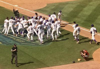 WATCH: LSU baseball beats Auburn on wild walk-off