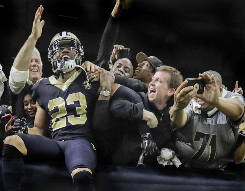 BLACK AND GOLD: EVERYTHING NEW ORLEANS SAINTS - cover
