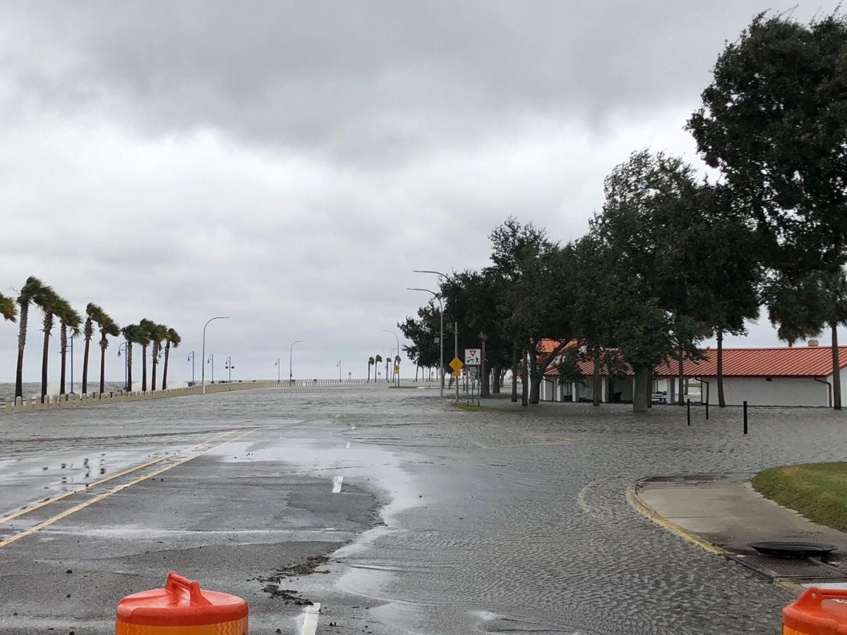 Lakeshore Drive flooded in New Orleans november 12