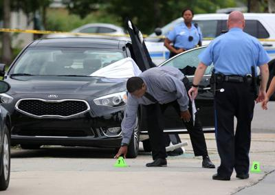 'Oh God, no' woman screams as she arrives at double homicide scene in New Orleans East on Monday morning _lowres