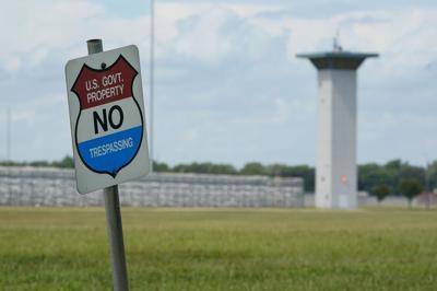 Federal Prisons Escapes