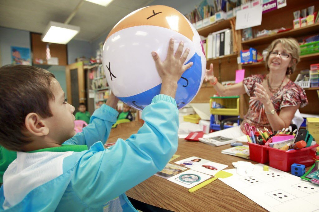 Bilingual teachers to get salary boost in Jefferson Parish for serving English-language learners