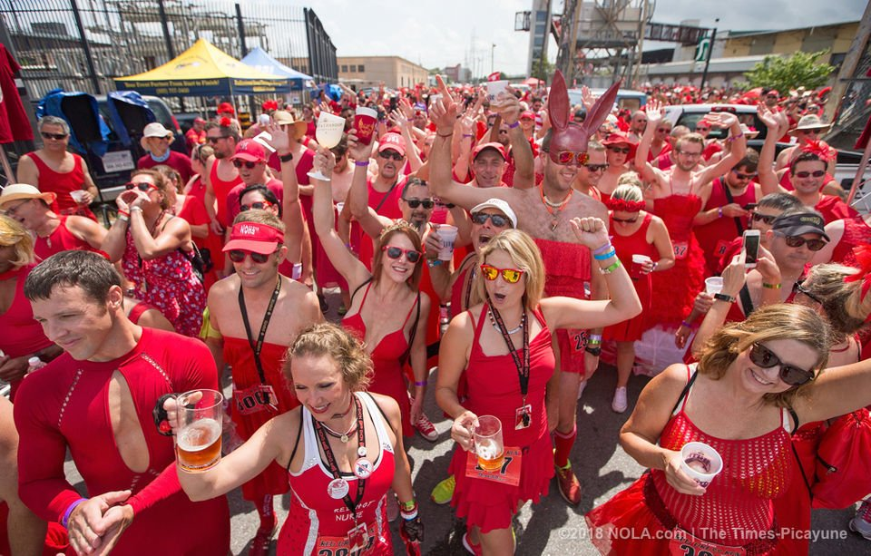 Red Dress Run 2018 in New Orleans starts dry, ends sopping