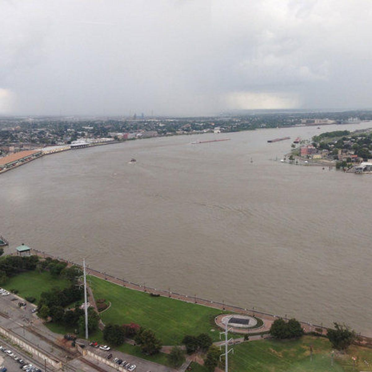New Orleans What Do We Do Now We Focus >> Potential Tropical Cyclone 2 Mississippi River To Rise Near