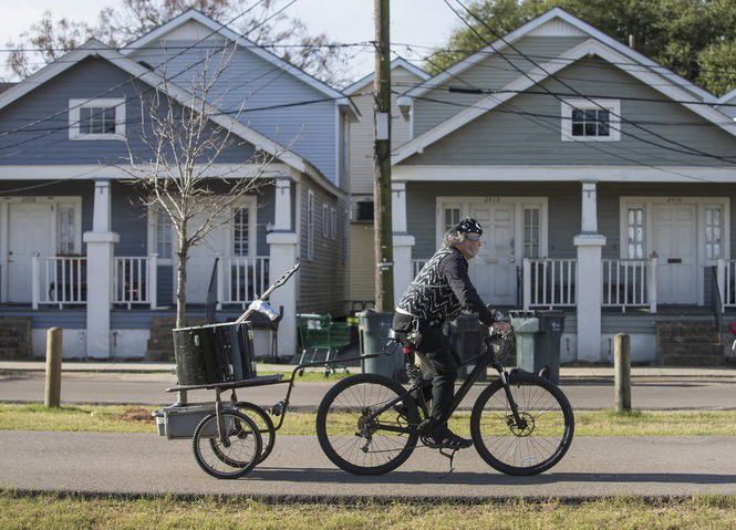 A Jazz Fest guide for bicyclists (and drivers, too!)
