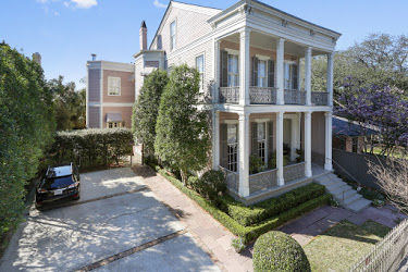 1530 First St. in the Garden District   - Exterior