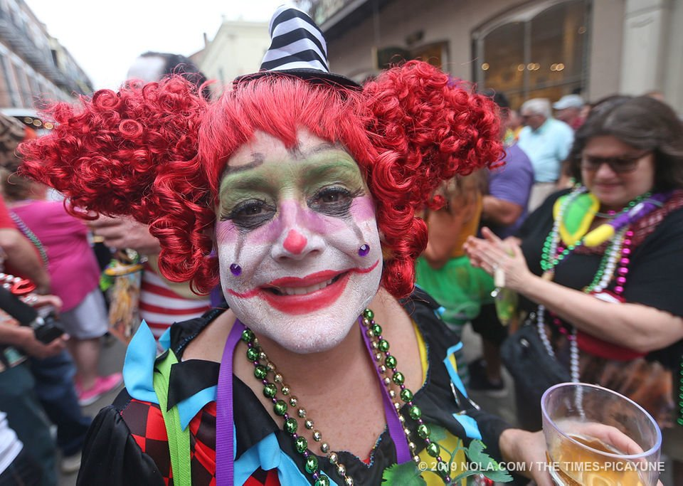 Krewe of Cork tipple-toes through the French Quarter: photo
