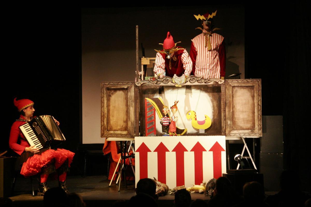 April-New Orleans Giant Puppet Festival