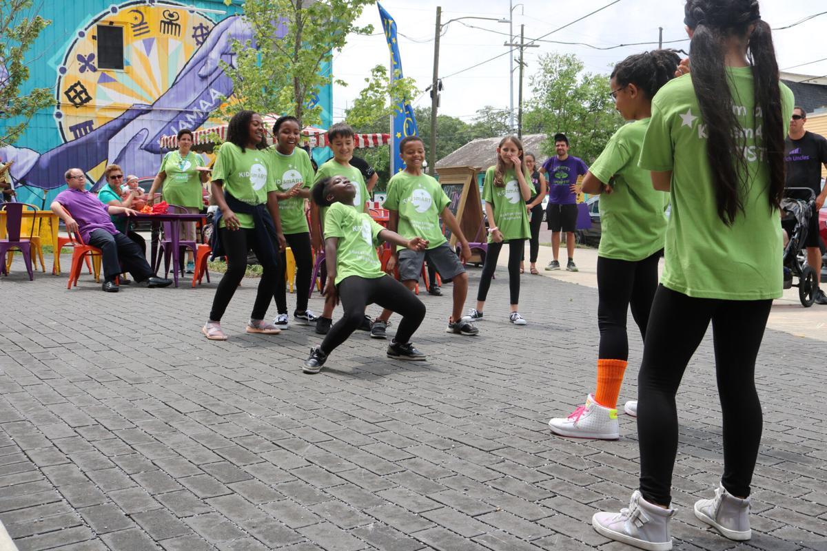 Kid SmART Art Jam 2019 dance.jpg