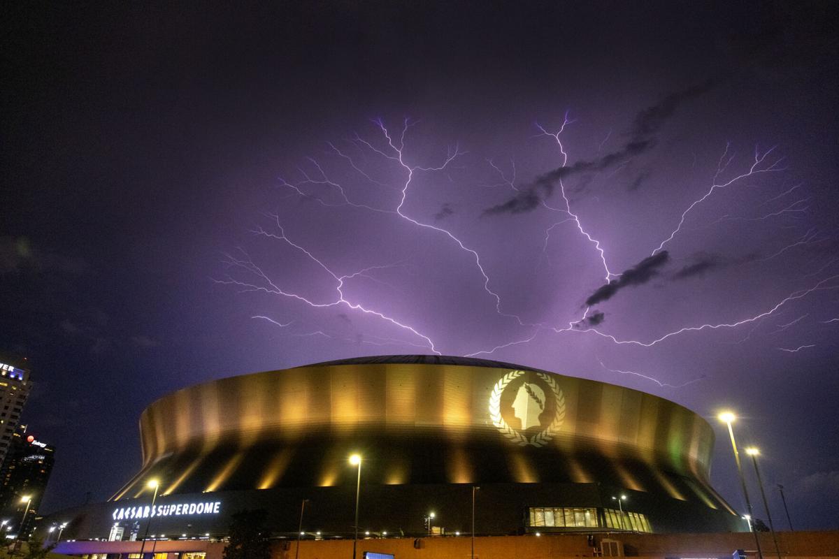 NO.lightning.ADV.JPG