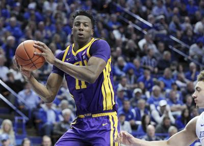 LSU shocks No. 5 Kentucky with buzzer-beater tip-in
