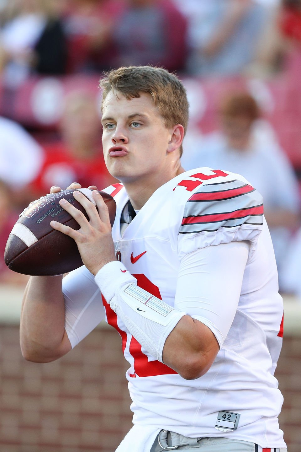 His own kind of dude:' How quirky Joe Burrow won over Ohio State ...