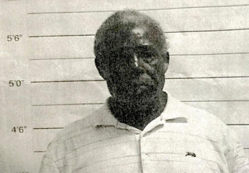 82-year-old man accused of raping 6-year-old girl in Leonidas neighborhood