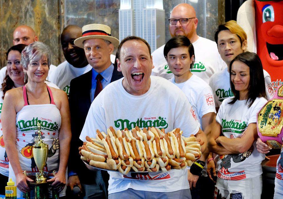 Joey Chestnut 'jaws' his way to 11th win in July 4th hot dog-eating contest