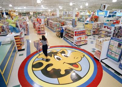 Toys 'R' Us may be making a comeback in the U.S., under new name: reports