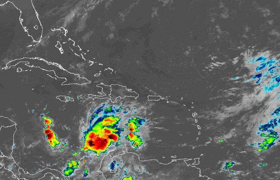 Tropical depression in Caribbean 830am Friday satellite