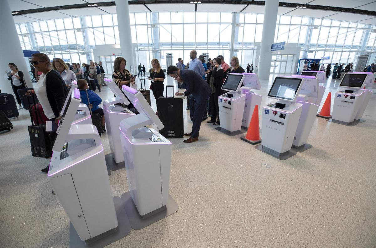 NO.airportmain.102519.0498.JPG