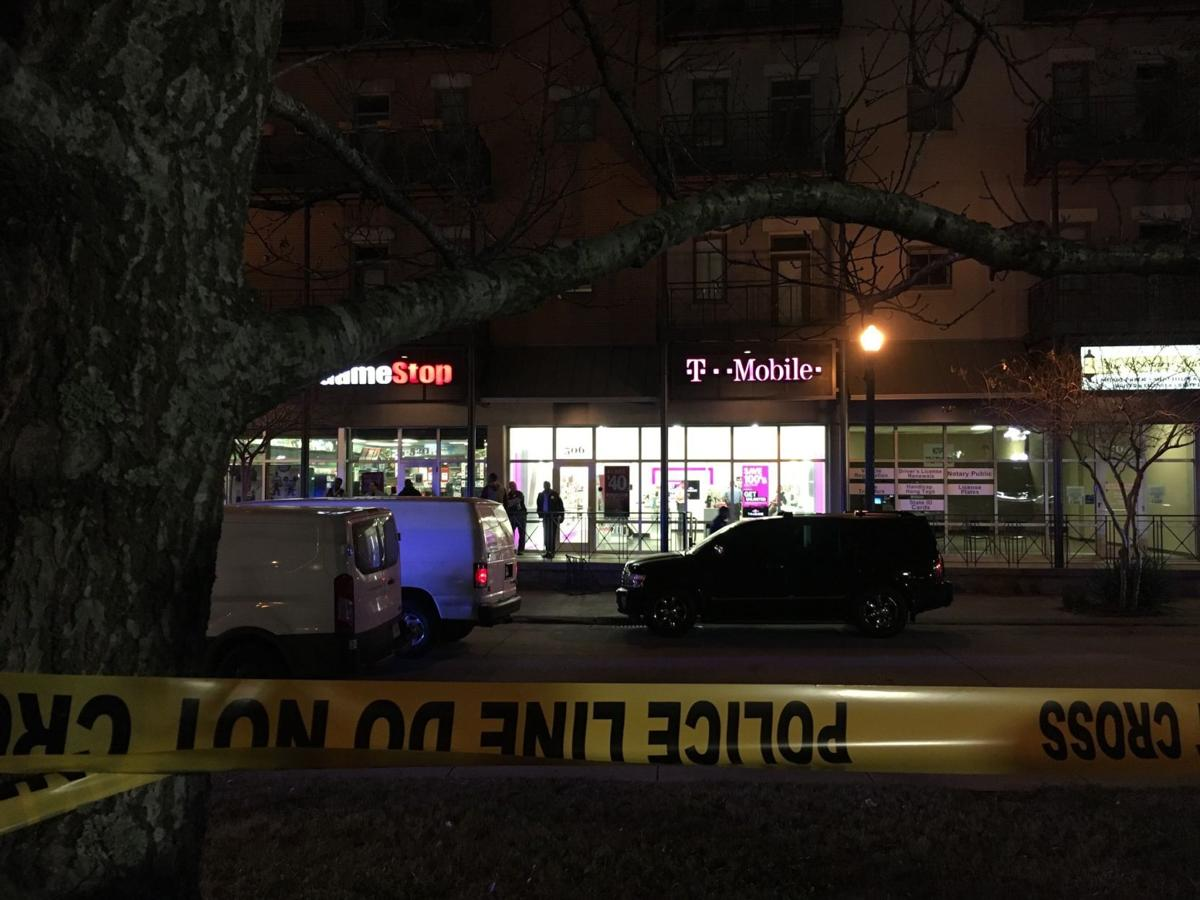 Customer who killed robbery suspect Friday night not likely to face charges: New Orleans police