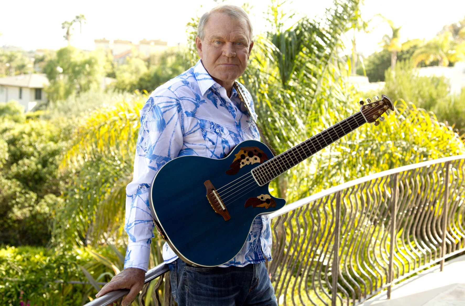 Remembering Glen Campbell, the rhinestone cowboy who lost