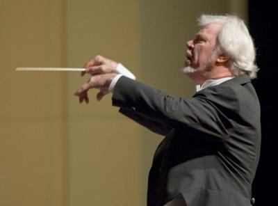 Robert Lyall leads the New Orleans Opera