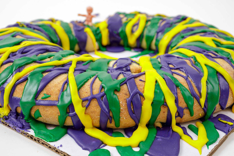 9 New Orleans king cakes that set the bar