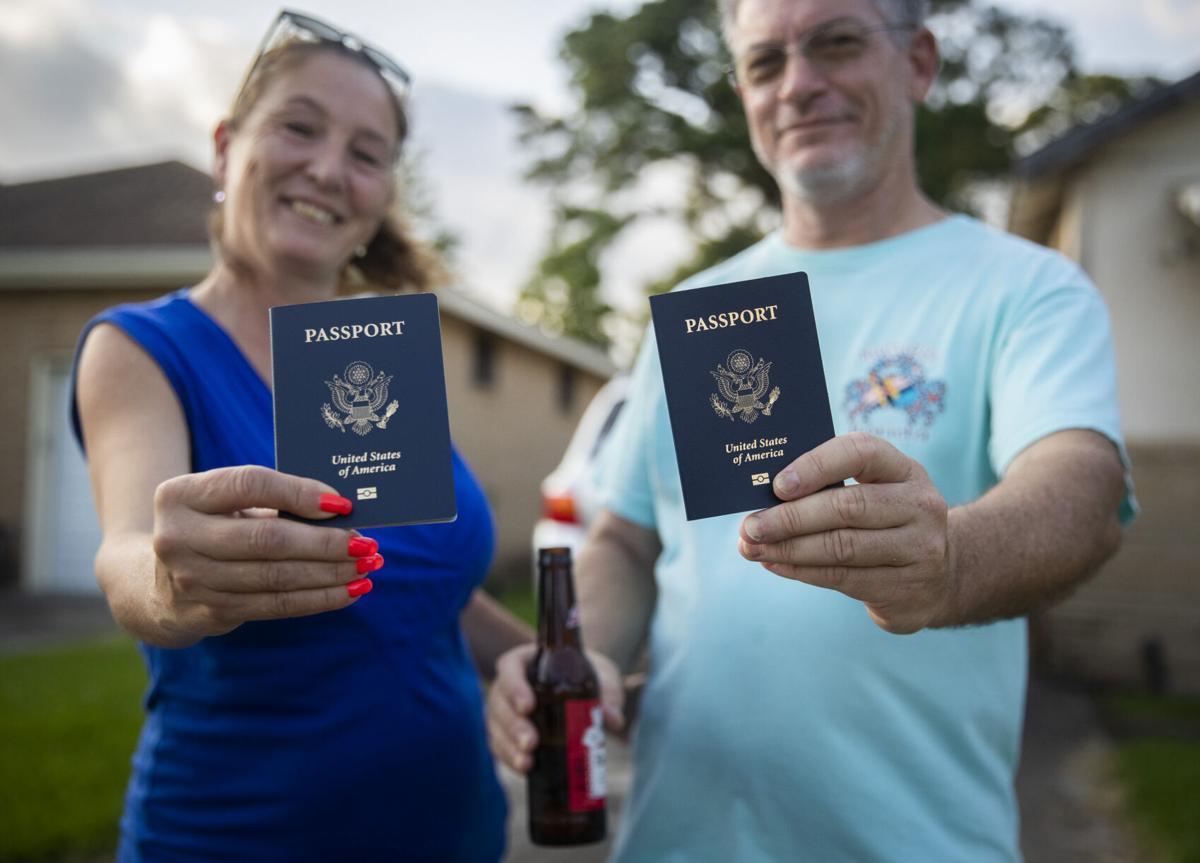 NO.passport.adv.03.jpg