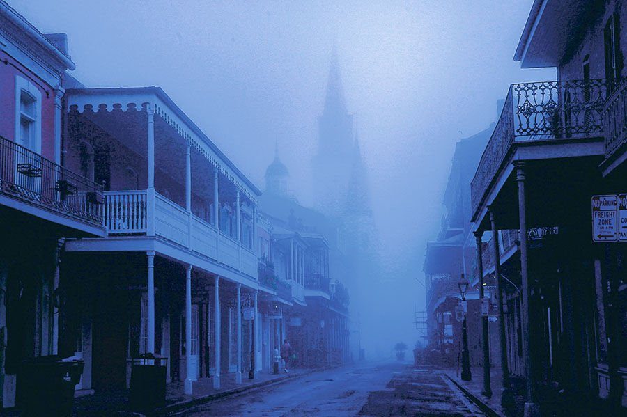 Foggy morning in New Orleans (copy)
