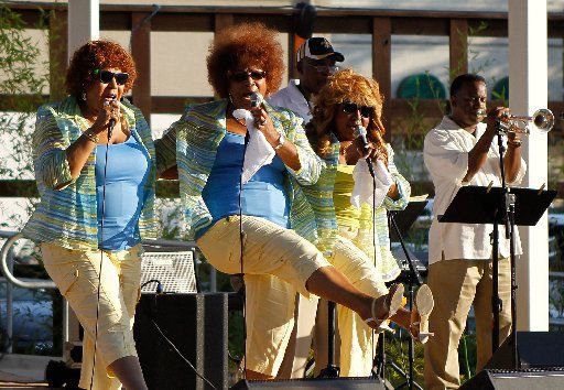 The Dixie Cups are your midday music break