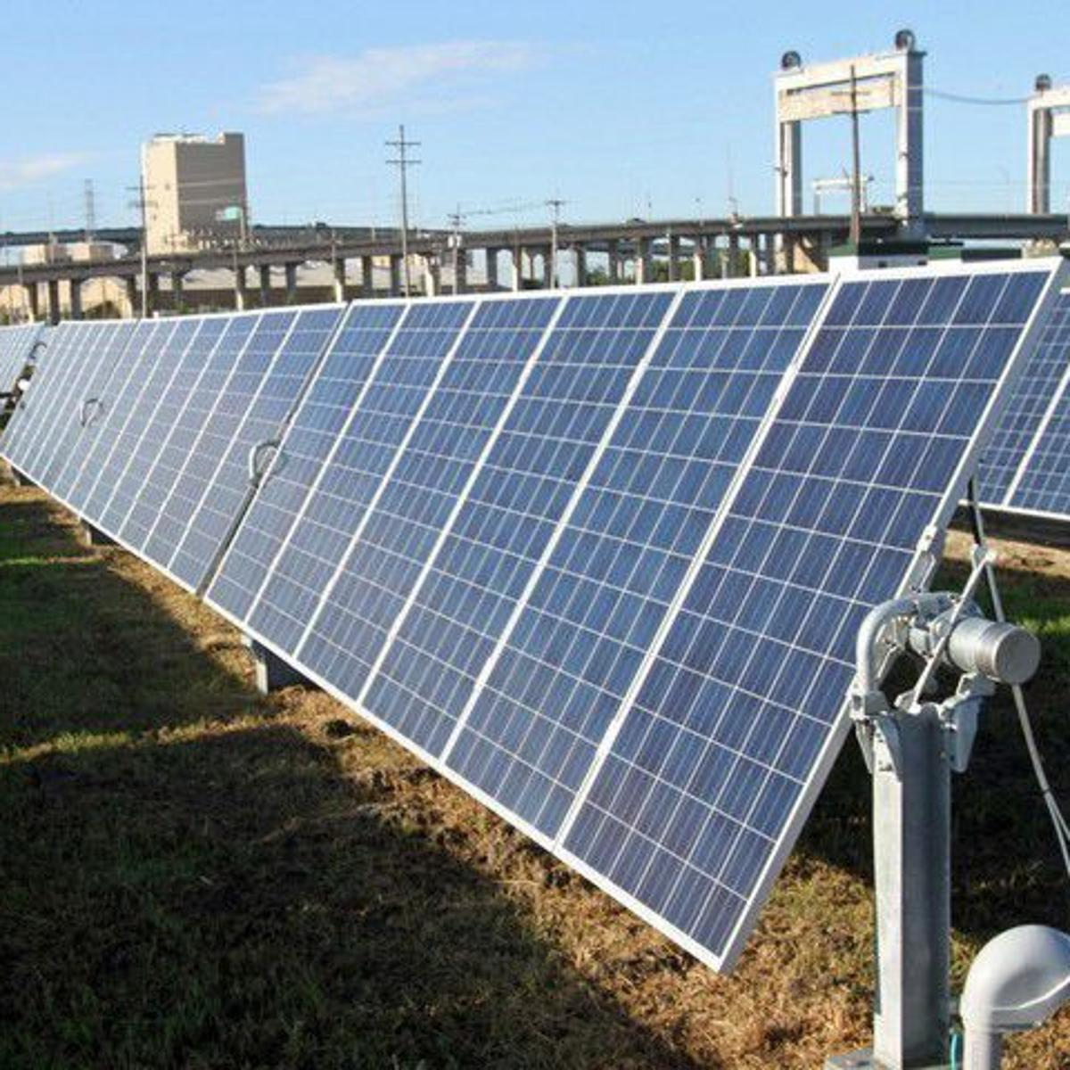 Entergy says it plans to invest big in renewable energy over