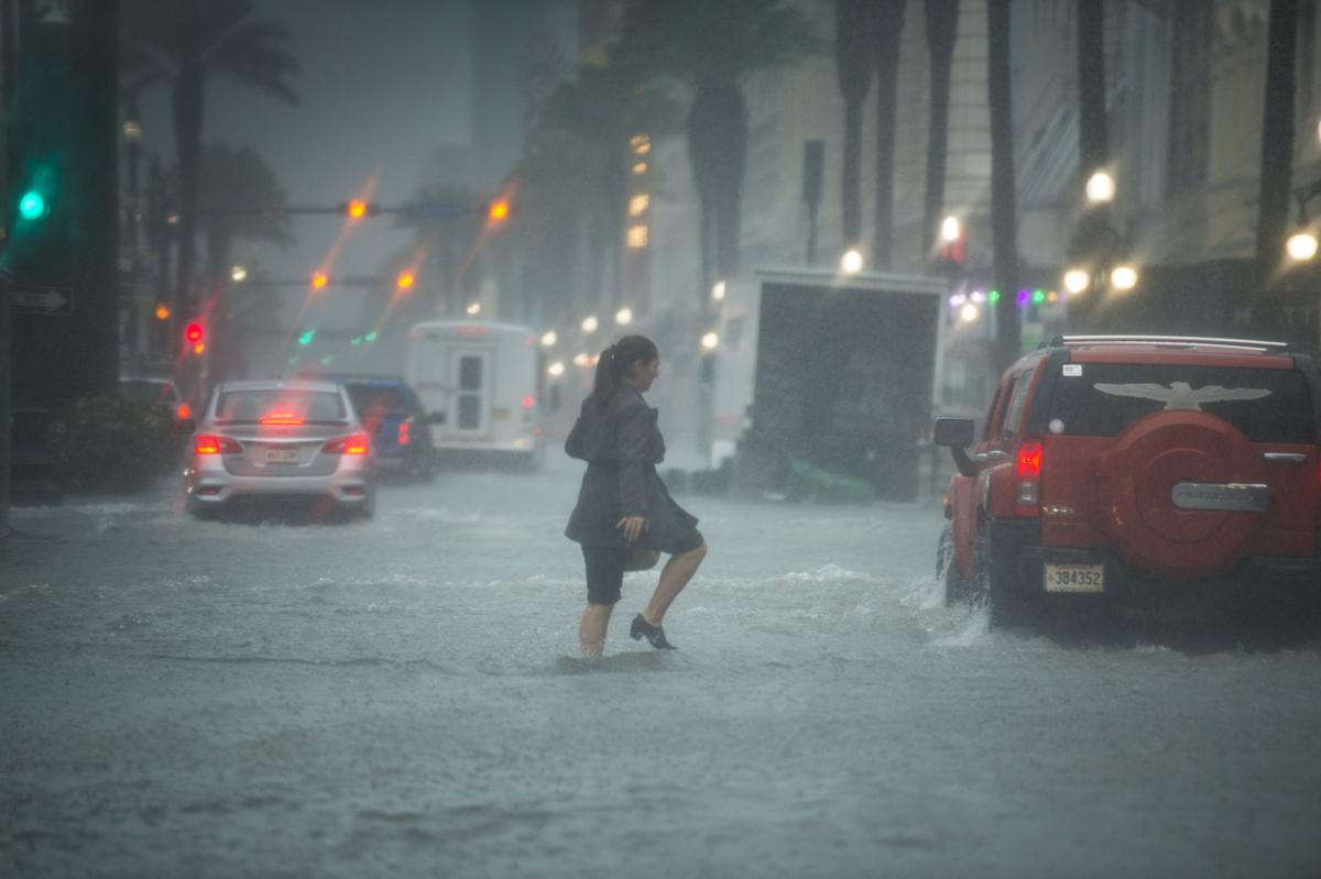 Heavy rain and street flooding in New Orleans