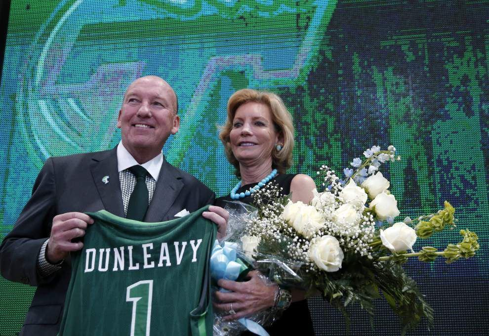 Mother's Day 2016: Emily Dunleavy has thrived in the vagabond basketball lifestyle _lowres