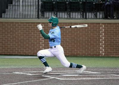 De La Salle's Collin Burns makes the most of his first start for Tulane baseball