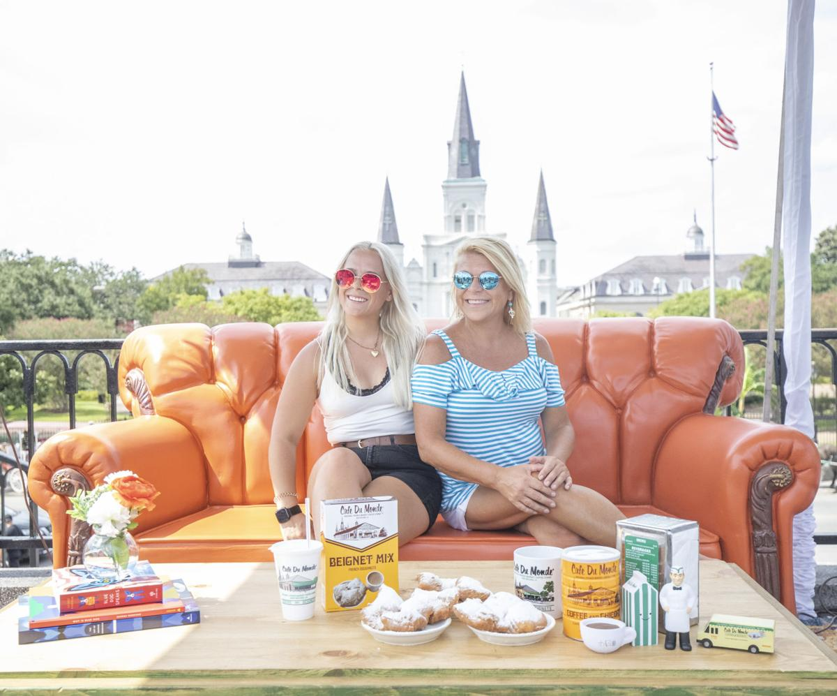 Astonishing Iconic Friends Couch Visits Jackson Square Fans Can Have Theyellowbook Wood Chair Design Ideas Theyellowbookinfo