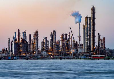 chalmette refinery-2.jpg