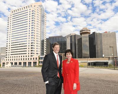Gayle Benson, Daryl Berger to buy Hyatt Regency hotel