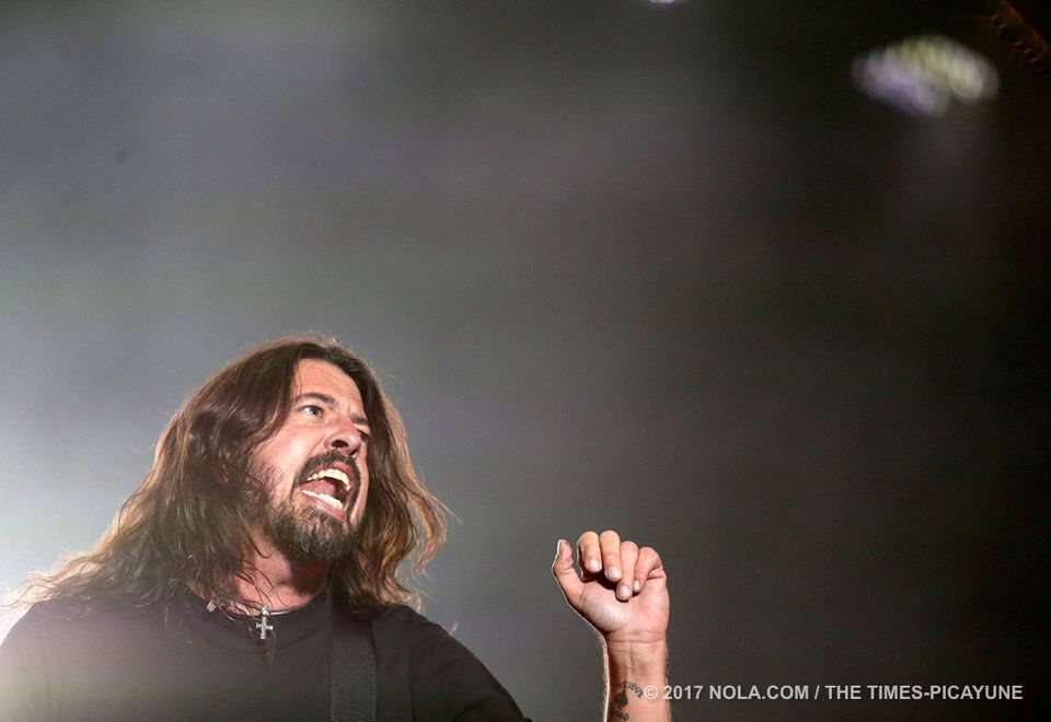Foo Fighters heat up a chilly Saturday at Voodoo Fest 2017