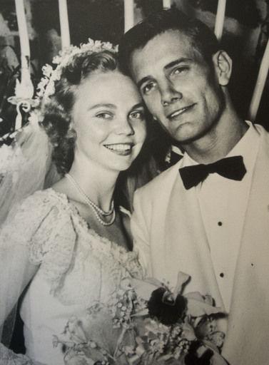 Lloyd Mutter, former Doerr Furniture leader, dies at 90